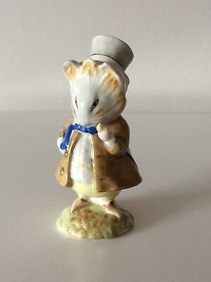 Beatrix Potter Figurine - Amiable Guinea-Pig BP3b (Beswick, 1967), small chip