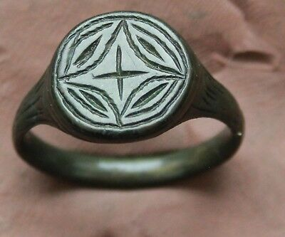 L6  Ancient Roman Bronze Intaglio Ring Cross D=20mm 7g Nice Quality Green Patina