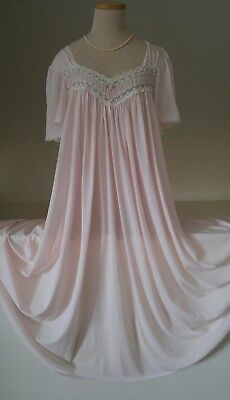 Vintage Miss Elaine Silk Essence Pale Pink  Silky Thin Nylon Nightgown Size L/XL