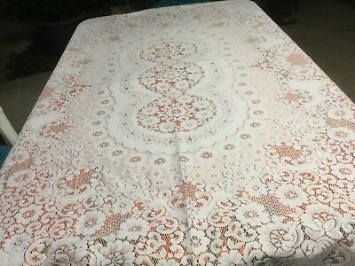 Beautiful Pure White Polyester Lace Tablecloth