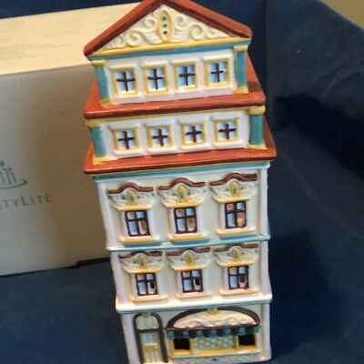 PartyLite Cafe Amsterdam Tealight House