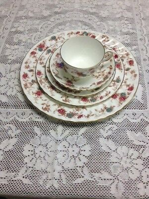 Ancestral - Minton China - England -  5 Piece Place Setting - S376