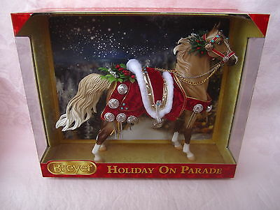 Breyer Holiday on Parade #700116 2013 Christmas Horse American Saddlebred NIB