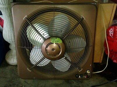 "Frigid 18"" Vintage Reversible Window Fan w Thermostatic control"