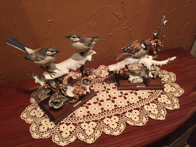 G. Armani Capodimonte SPARROW ON SNOWY BRANCH Bird Figurine - Florence Italy