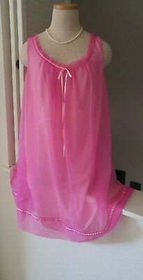 Vintage 50's Vanity Fair Women's Nylon Chiffon Hot Pink Lingerie Nightgown~M