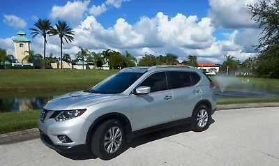 2015 Nissan Rogue SV 2015 Nissan ROGUE SV 2WD w/ PREMIUM pkg, PANORAMIC roof, NAVIGATION & lots more