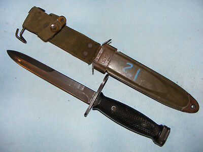 Vietnam war US M7bayonet Milpar with PWH M8A1 scabbard fighting knife USGI