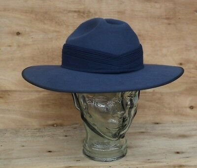 RAAF Slouch Hat with Puggaree & Chin Strap Mountcastle 1995 NOS SIZE: 61 (7 1/2)