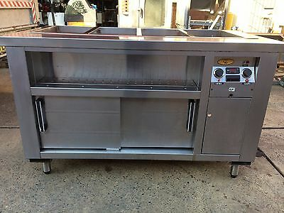 Hot bar with warming cabinet