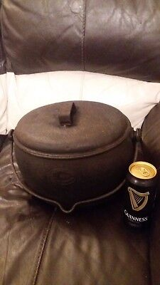 Used Vintage Cast Iron  Cooking Pot & Lid Romany Gypsy Aga 2.5 Gallons.