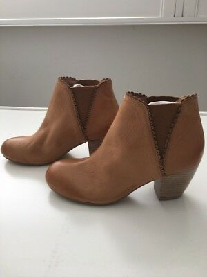 Django Juliette Mollini Leather Boots In Whiskey Color Size 37 Brand New