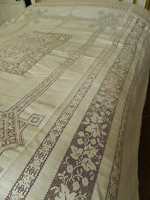 "Vintage pale cream cotton lace bedspread or tablecloth. - 74"" x 100"""