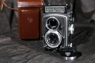 Rolleicord Rollei Va TLR 6x6 - with lens hood & case vintage medium format