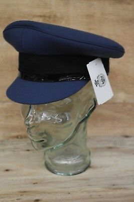 RAAF Officers Cap Brand New In Packaging Size 56 Mountcastle PTY LTD 2001