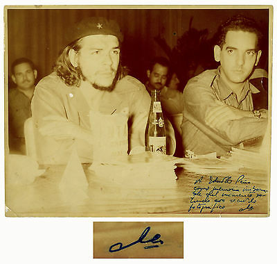 Che Guevara Signed Photo in His Famous Beret