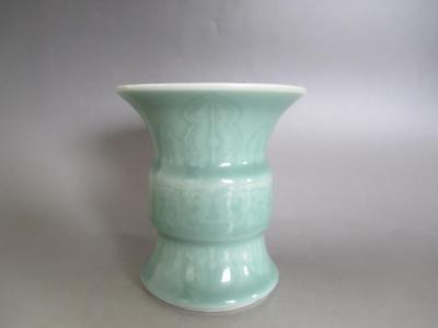 Chinese Pottery celadon vase w/sign of era/ nice style & celadon glaze/ 7425