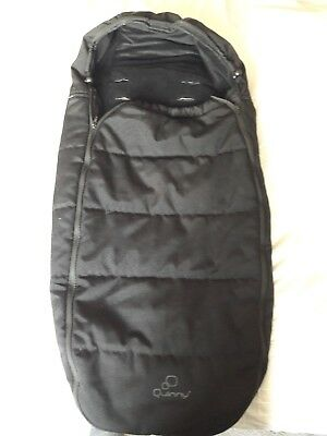 Quinny Buzz footmuff black including carry bag. Also fits other models/makes.