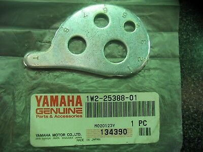Genuine Yamaha Dt125 Dt175 It175 Rt180 Mx175 Chain Puller 1 - New - 1W2-25388-01