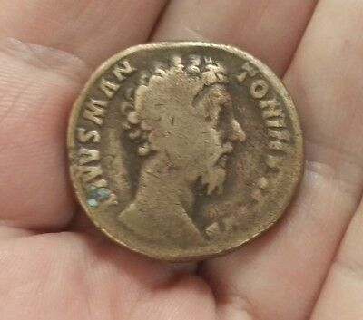 Sestertius Divo Marcus Aurelius - commemorative under Commodus with eagle