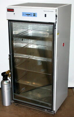 Thermo Scientific Forma Reach-In Co2 Incubator, Model 3950 29 Cubic Ft. Capacity