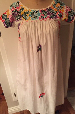 Vintage 70s Floral Oaxacan Dress Mexican Bright Embroidered White Size S