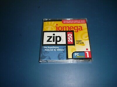Brand New PC Formatted 250MB Iomega Zip Disk With Case - Aged Stock