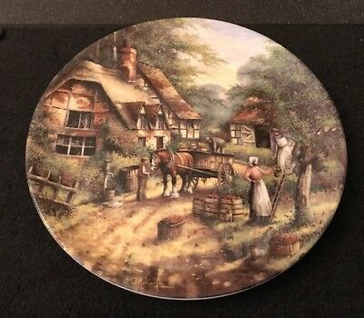 Wedgwood Country Days - The Apple Pickers  - Collectors Decorative Plate 1991