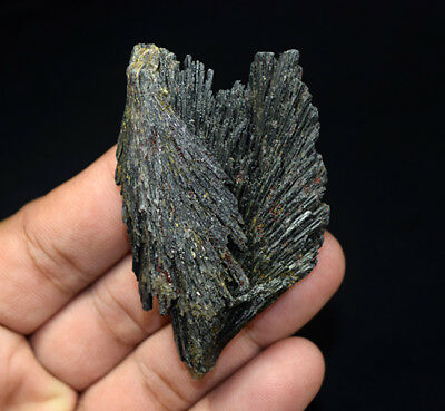 202.20 Cts. 100 % Natural Black Kyanite Rough 67*42*13 mm Fancy Mineral Gemstone