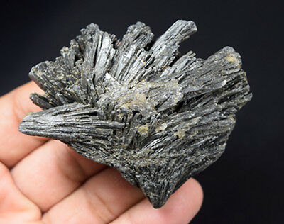 372.35 Cts. 100 % Natural Black Kyanite Rough 63*22*20 mm Fancy Mineral Gemstone