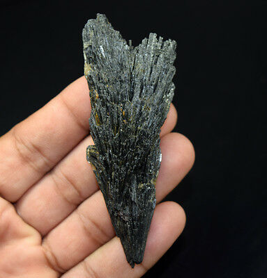 196.95 Cts. 100 % Natural Black Kyanite Rough 89*34*14 mm Fancy Mineral Gemstone