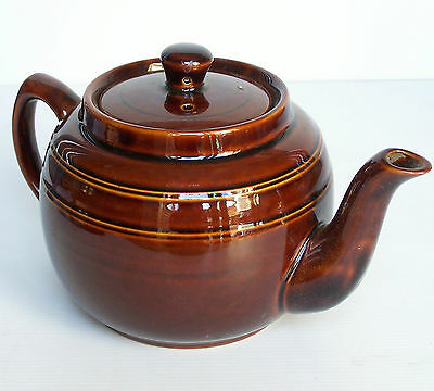 BEAUTIFUL VINTAGE CERAMIC TEAPOT with LID NEW/OLD STOCK