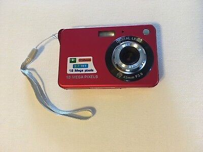 GordVE KG15172 2.7inch 18MP Mini Digital Camera 8x Digital Zoom (Red) & 16 GB SD