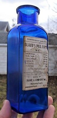Cobalt Labeled Blaude's Pill Comp. Moore & Co Medicine Bottle Worcester, Ma 1890