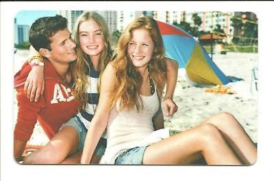 American Eagle Gift Card No $ Value Collectible Beach Girls Guy AE