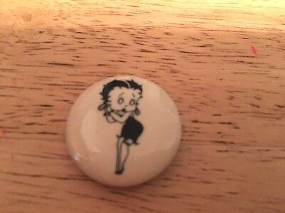 Vintage BETTY BOOP Pin Button Badge Pinback
