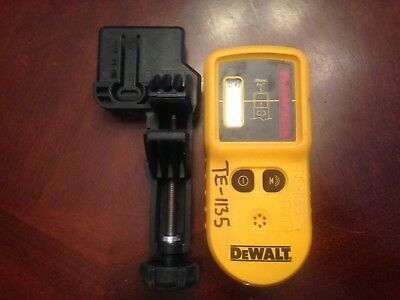 DeWalt DW0742 Laser Level Detector Remote  with stick holder