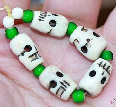 ~Hand Carved~Double Sided Skulls~Green White Hearts~Cool!