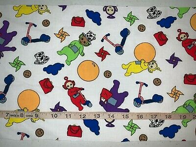 NEW The Big Red Dog Clifford Quilting Fabric 100/% Cotton Sold By FQ Fat Quarter