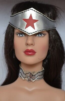 """Tonner 16"""" 2015 Diana Prince Basic Doll dressed in Wonder Woman 52 outfit DC"""