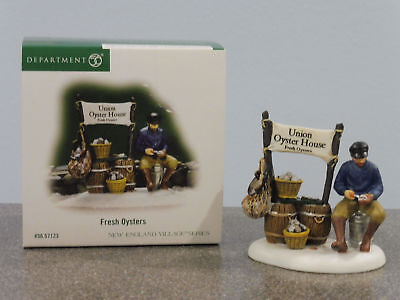 "Dept 56 New England Village "" Fresh Oysters "" Brand New"
