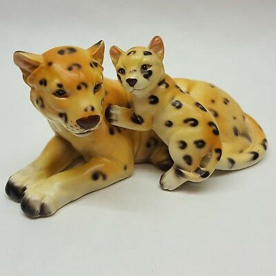 "Vintage Leopard Mother and Cub Ceramic Figurine 7"" Long  C5671"