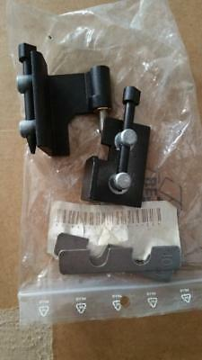 Carrier chiller door hinges, for units 30GX/HXC, 30RA's& 30RB