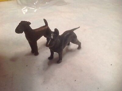 metal dogs Terrier And Doberman?