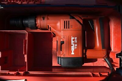 HILTI TE24 CORDED ROTARY HAMMER DRILL & CASE Sds Plus. Serviced.