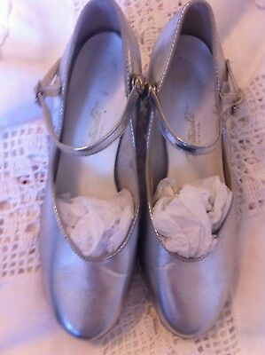 Womens Vintage Theatrical Silver tap shoes size 8