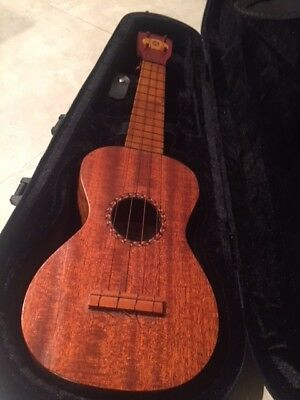 Regal Red Head ukulele from 1920s: Cuban mahogany, distinctive features
