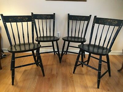 Set of 4 Vintage Nichols and Stone Hitchcock style dining chairs   black stencil