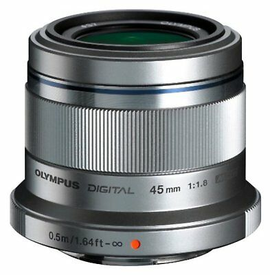 OLYMPUS 45mm F1.8 M.ZUIKO DIGITAL 45mm F1.8 LENS Silver F/S w/Tracking# Japan