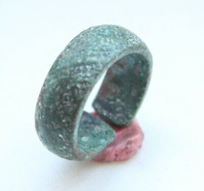 Ancient Old Bronze Finger Ring (JAN02)